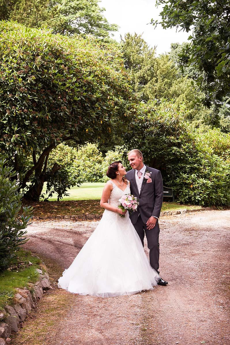 hawkesyard-estate-wedding-photographers-rugeley-059
