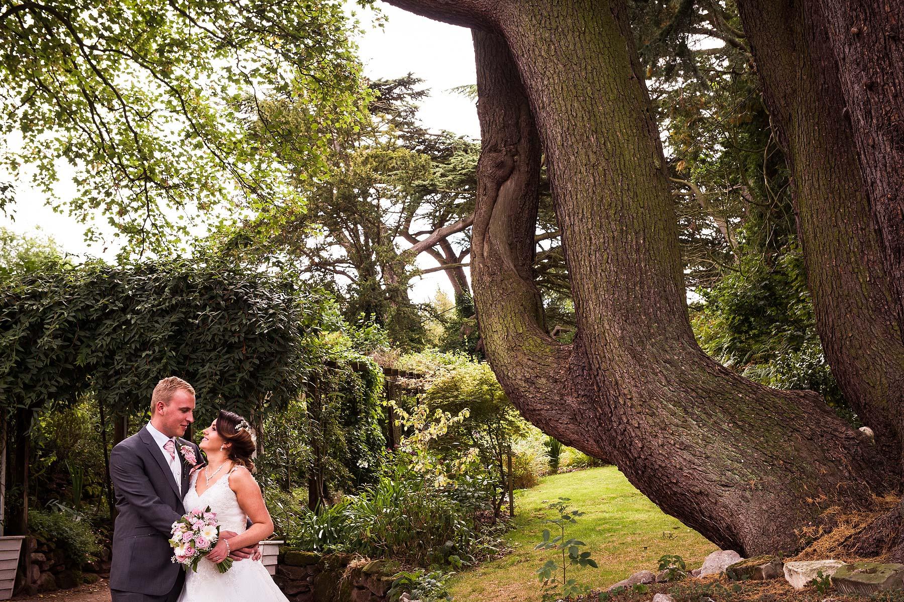 hawkesyard-estate-wedding-photographers-rugeley-061