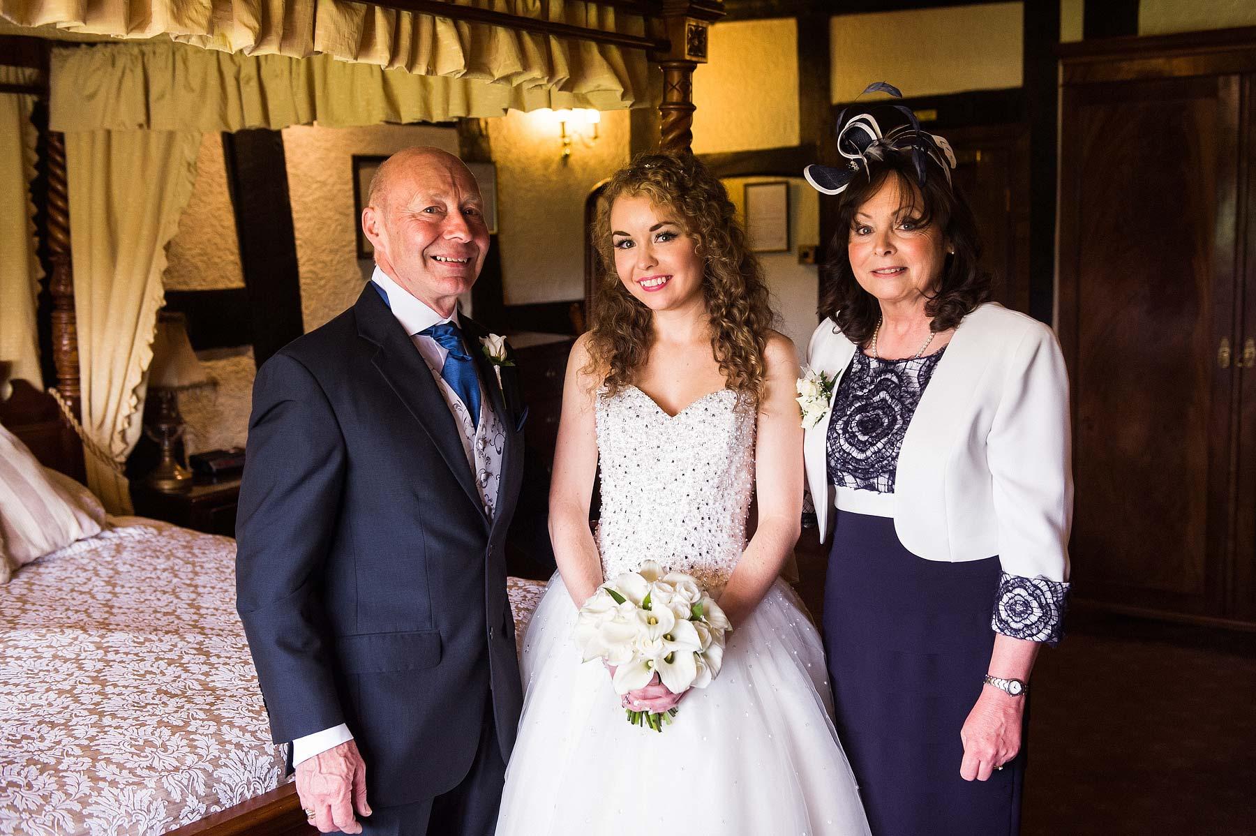 albright-hussey-manor-wedding-photographers-021