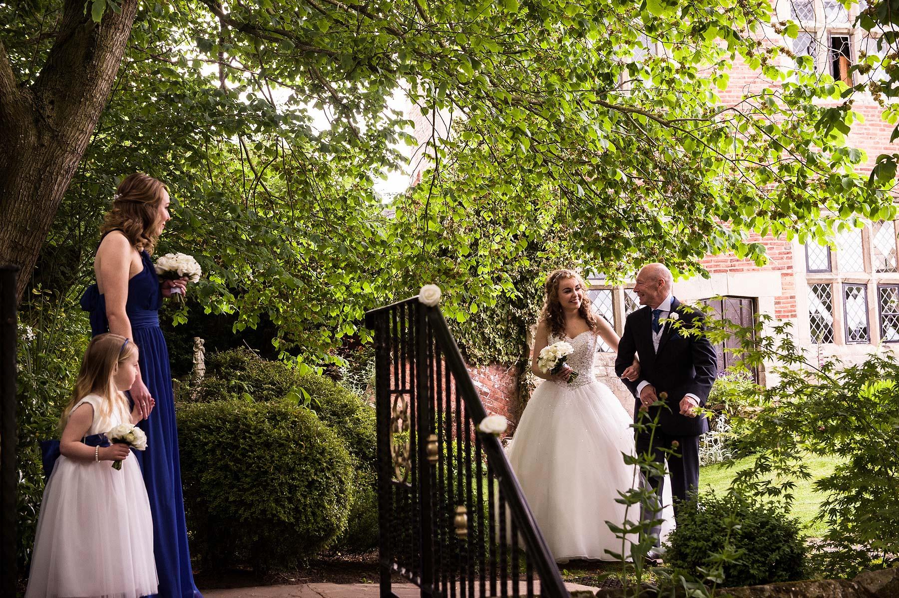 albright-hussey-manor-wedding-photographers-023