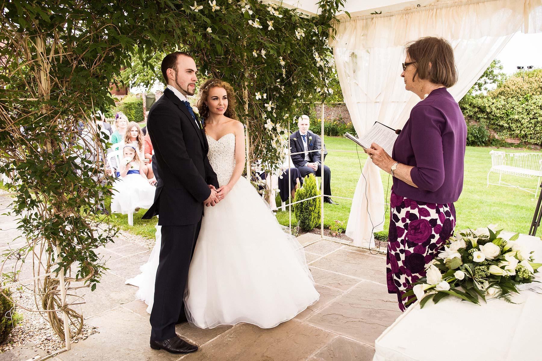 albright-hussey-manor-wedding-photographers-026