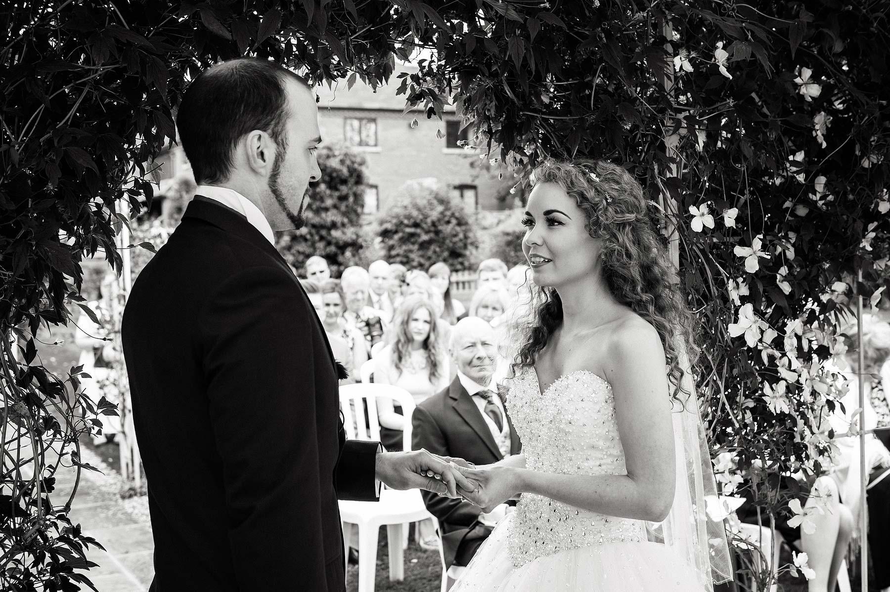 albright-hussey-manor-wedding-photographers-030