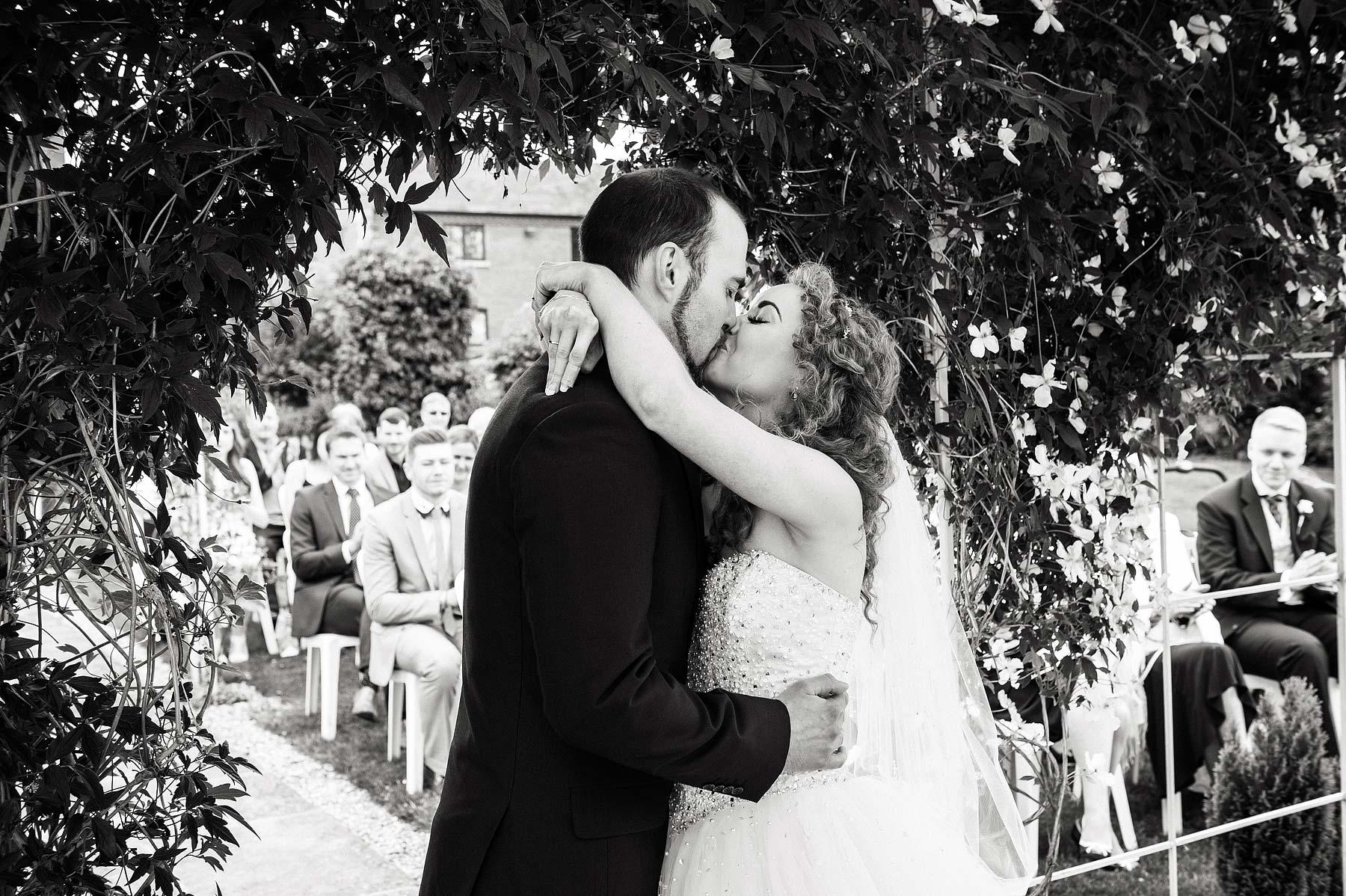 albright-hussey-manor-wedding-photographers-032