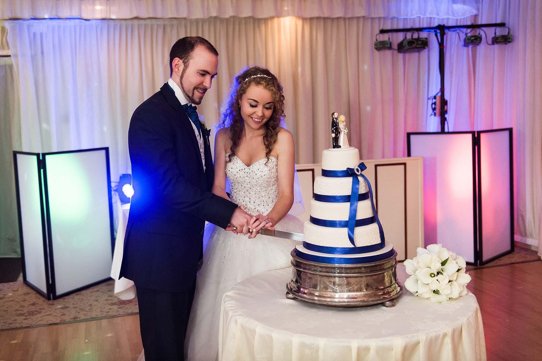 albright-hussey-manor-wedding-photographers-066