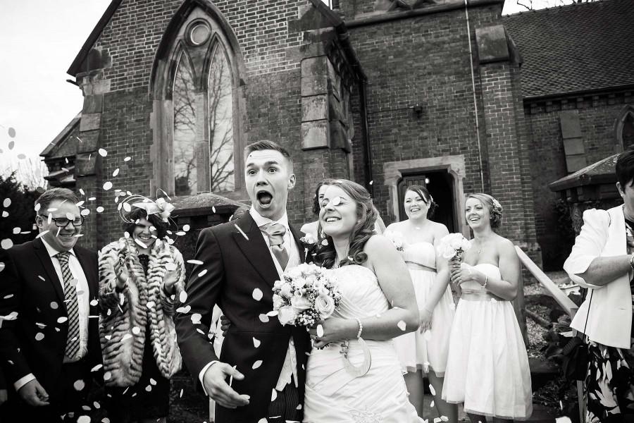 013-confetti-fun-staffordshire-wedding-photographers