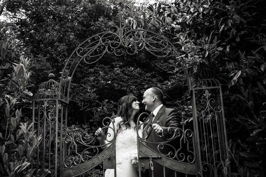 021-best-staffordshire-wedding-photographers-10