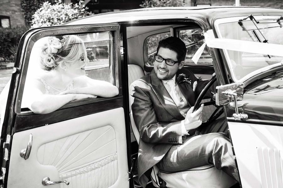 023-contemporary-fun-staffordshire-wedding-photographers
