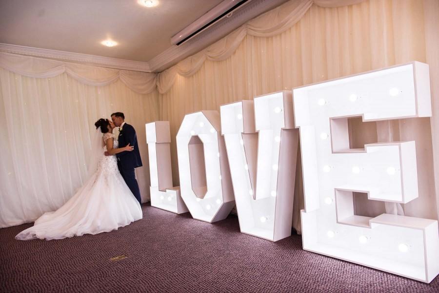 024-creative-photographs-love-letters-stafford-wedding