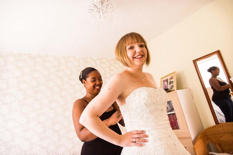085-candid-photographs-bridal-morning-preparations