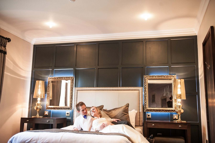 105-contemporary-relaxed-portraits-bedrooms