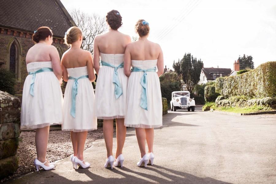 110-storytelling-photographs-candid-wedding-photography