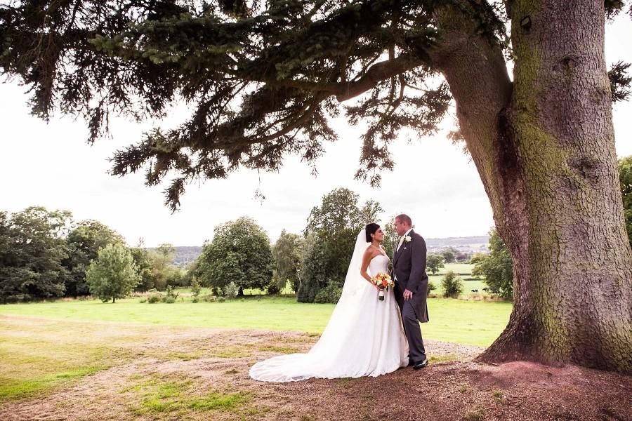 139-upperhouse-barlaston-creative-wedding-photographs