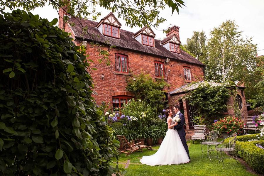 175-hundred-house-creative-wedding-photographs